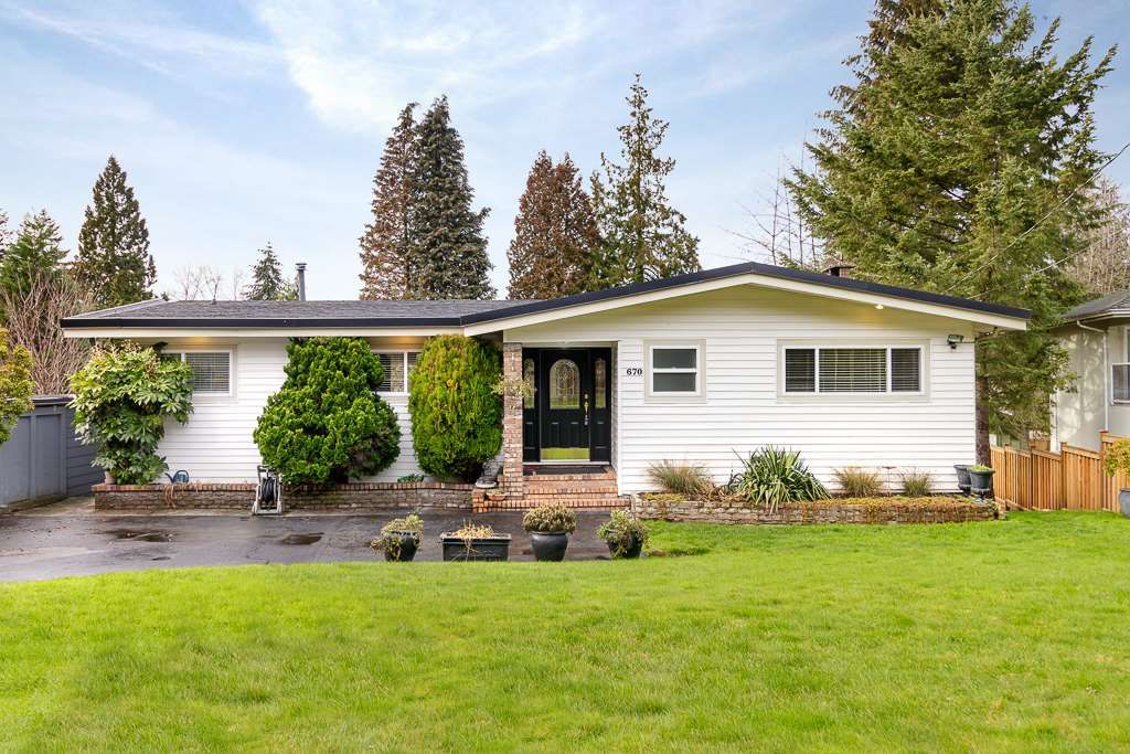 Main Photo: 670 MADERA Court in Coquitlam: Central Coquitlam House for sale : MLS®# R2328219