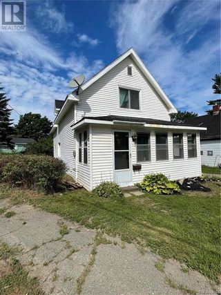 Photo 3: 151 Union Street in St. Stephen: House for sale : MLS®# NB062326