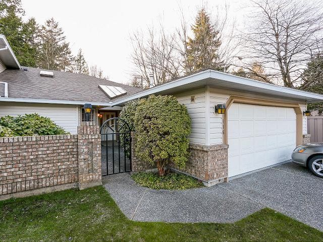 """Main Photo: 116 9781 148A Street in Surrey: Guildford Townhouse for sale in """"CHELSEA GATE"""" (North Surrey)  : MLS®# F1406838"""
