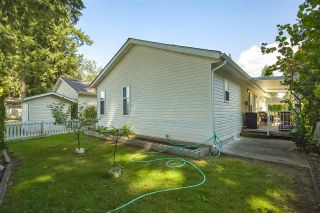 "Photo 24: 102 9080 198 Street in Langley: Walnut Grove Manufactured Home for sale in ""FOREST GREEN ESTATES"" : MLS®# R2486756"