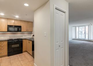 Photo 3: 1206 1108 6 Avenue SW in Calgary: Downtown West End Apartment for sale : MLS®# A1119135