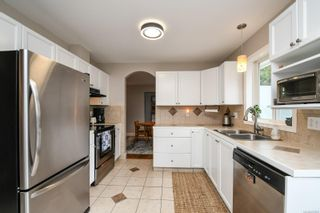 Photo 13: 2256 Walbran Dr in : CV Courtenay East House for sale (Comox Valley)  : MLS®# 857882
