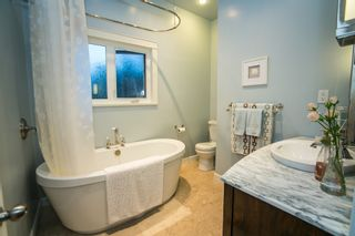 Photo 12: 25 MOUNT ROYAL Drive in Port Moody: College Park PM House for sale : MLS®# R2080004