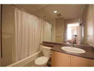 """Photo 10: 303 39 SIXTH Street in New Westminster: Downtown NW Condo for sale in """"Quantum By Bosa"""" : MLS®# V1135585"""