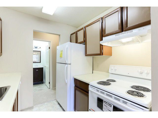 Photo 12: Photos: 202 6460 CASSIE Avenue in Burnaby: Metrotown Condo for sale (Burnaby South)  : MLS®# V1111832