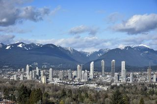 "Photo 4: 1005 6055 NELSON Avenue in Burnaby: Forest Glen BS Condo for sale in ""La Mirage II"" (Burnaby South)  : MLS®# R2529791"