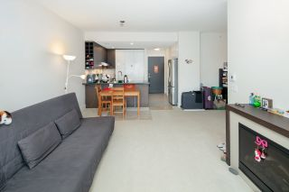 "Photo 7: PH2 3478 WESBROOK Mall in Vancouver: University VW Condo for sale in ""Spirit"" (Vancouver West)  : MLS®# R2360430"