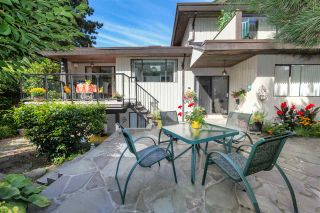 """Photo 20: 6427 CHAUCER Place in Burnaby: Buckingham Heights House for sale in """"BUCKINGHAM HEIGHTS"""" (Burnaby South)  : MLS®# R2402658"""
