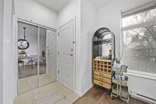 Photo 2: 10 10066 153 Street in Surrey: Guildford Townhouse for sale (North Surrey)  : MLS®# R2541538