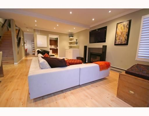 Photo 5: Photos: 3153 W 3RD Avenue in Vancouver: Kitsilano 1/2 Duplex for sale (Vancouver West)  : MLS®# V771650