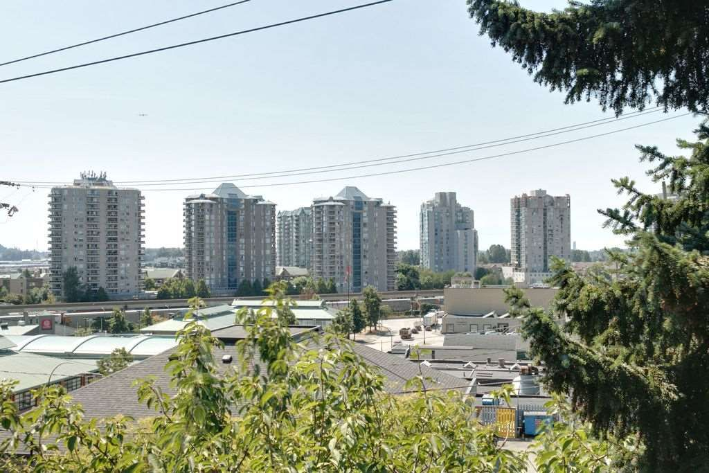 Photo 18: Photos: 304 109 TENTH Street in New Westminster: Uptown NW Condo for sale : MLS®# R2296434