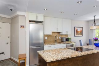 """Photo 9: 405 1930 MARINE Drive in West Vancouver: Ambleside Condo for sale in """"Park Marine"""" : MLS®# R2577274"""