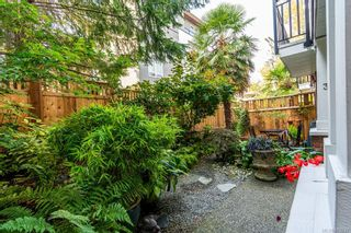 Photo 5: 3 331 Oswego St in : Vi James Bay Row/Townhouse for sale (Victoria)  : MLS®# 879237