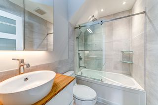 Photo 34: 1106 ST. GEORGES Avenue in North Vancouver: Central Lonsdale Townhouse for sale : MLS®# R2460985
