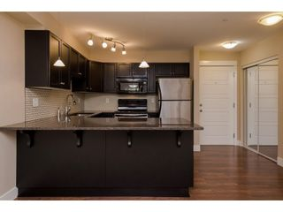 "Photo 5: 218 30515 CARDINAL Avenue in Abbotsford: Abbotsford West Condo for sale in ""Tamarind"" : MLS®# R2333339"