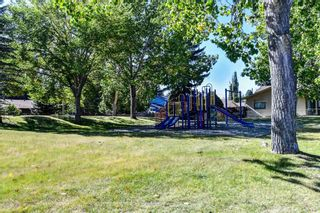 Photo 3: 219 PARKWOOD Close SE in Calgary: Parkland Detached for sale : MLS®# A1032566