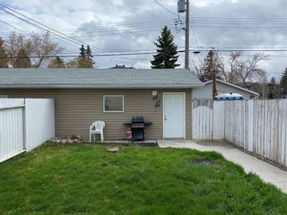 Photo 6: 2039 50 Avenue SW in Calgary: North Glenmore Park Semi Detached for sale : MLS®# C4295796