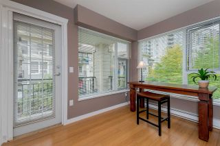 """Photo 7: 307 3575 EUCLID Avenue in Vancouver: Collingwood VE Condo for sale in """"Montage"""" (Vancouver East)  : MLS®# R2308133"""