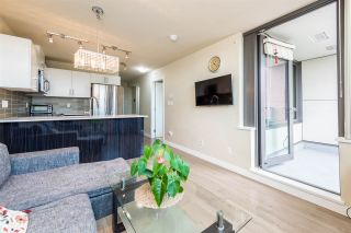 """Photo 6: 502 2689 KINGSWAY in Vancouver: Collingwood VE Condo for sale in """"SKYWAY TOWER"""" (Vancouver East)  : MLS®# R2355485"""