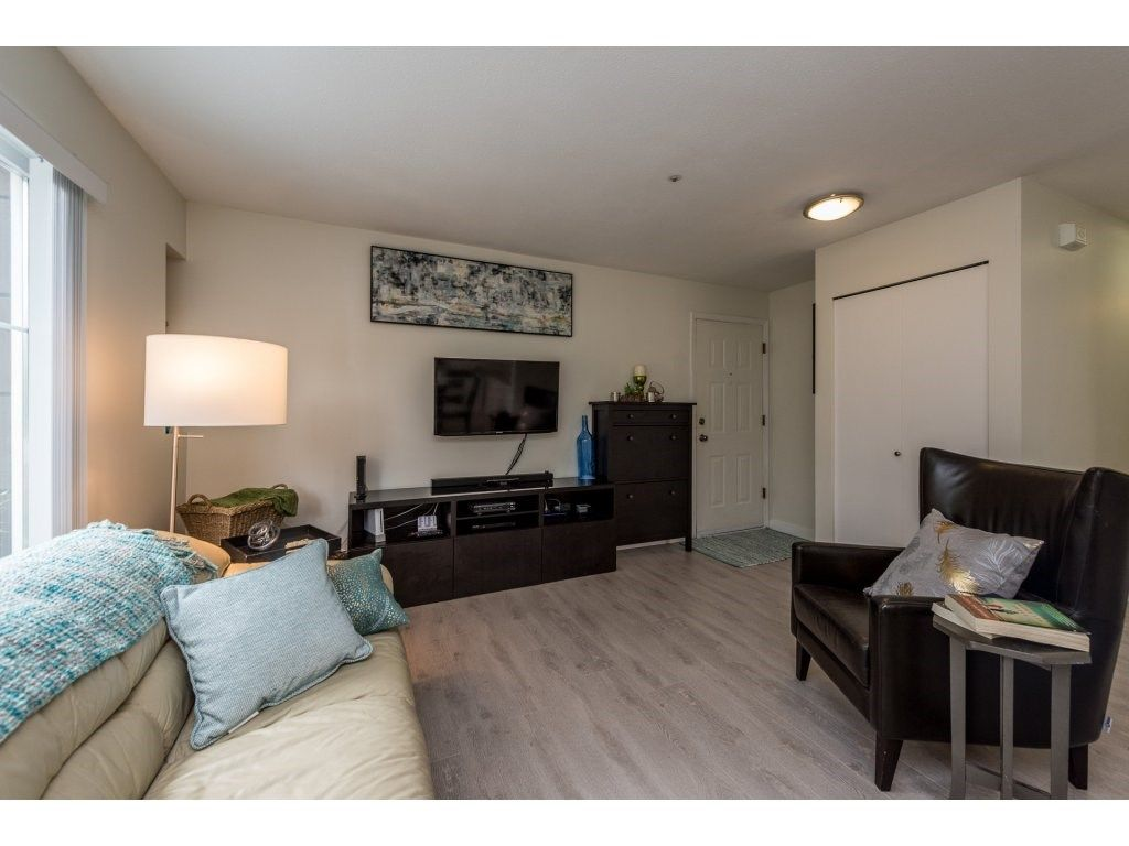 Photo 5: Photos: 1 2120 CENTRAL AVENUE in Port Coquitlam: Central Pt Coquitlam Condo for sale : MLS®# R2180338