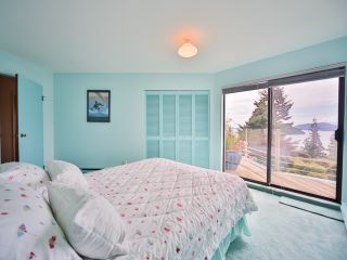 Photo 17: 242 BAYVIEW ROAD in West Vancouver: Lions Bay House for sale : MLS®# R2083072