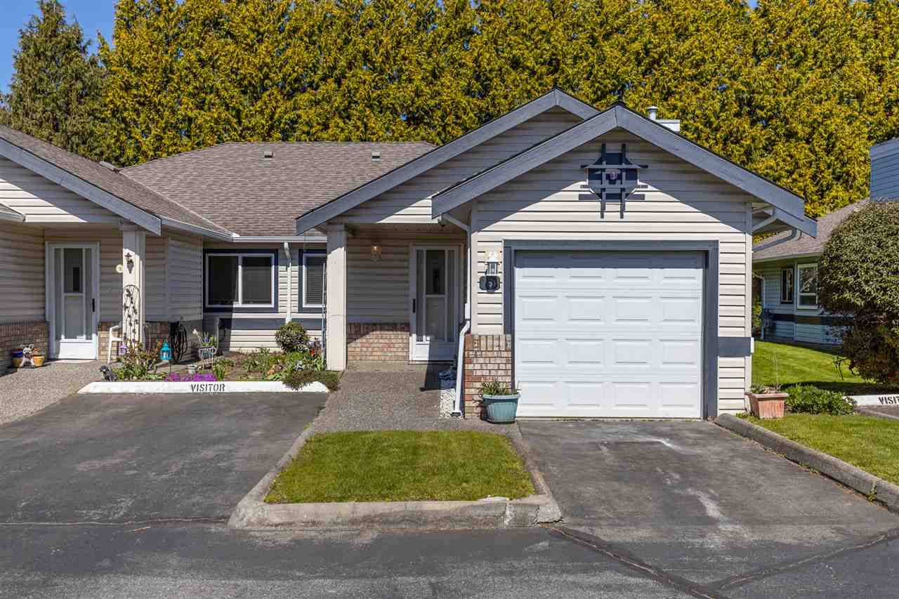 """Main Photo: 8 5550 LANGLEY Bypass in Langley: Langley City Townhouse for sale in """"RIVERWYNDE"""" : MLS®# R2565492"""