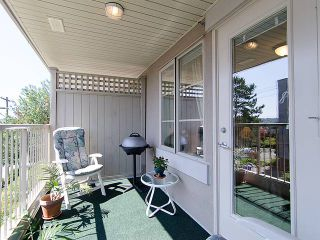 """Photo 10: 308 2490 W 2ND Avenue in Vancouver: Kitsilano Condo for sale in """"TRINITY PLACE"""" (Vancouver West)  : MLS®# V966955"""