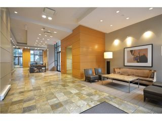 """Photo 14: # 1907 977 MAINLAND ST in Vancouver: Yaletown Condo for sale in """"YALETOWN PARK III"""" (Vancouver West)  : MLS®# V1015117"""