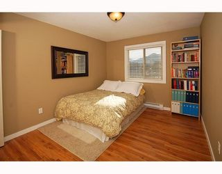 """Photo 8: 21 41450 GOVERNMENT Road: Brackendale Townhouse for sale in """"EAGLEVIEW"""" (Squamish)  : MLS®# V752564"""