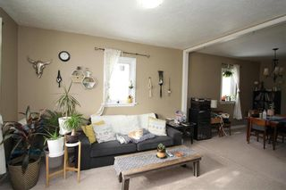 Photo 2: 95 Euclid Avenue in Winnipeg: Point Douglas Residential for sale (4A)  : MLS®# 202107234