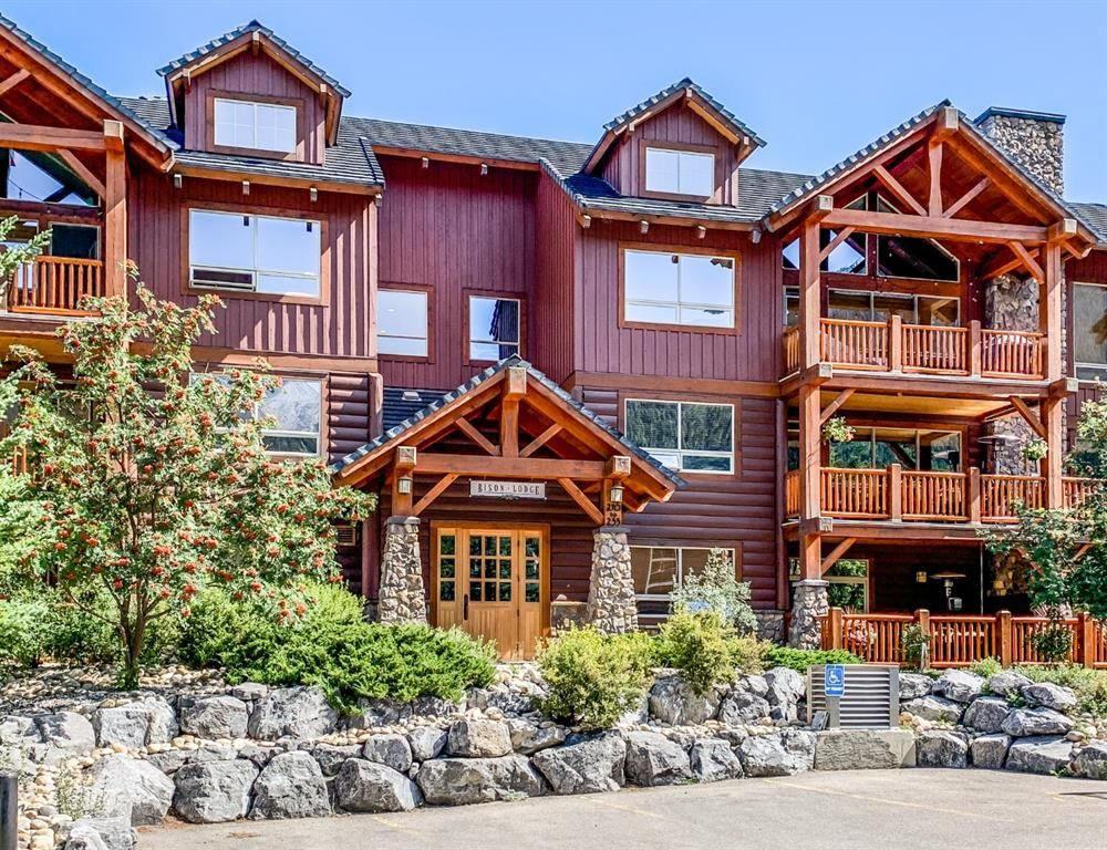 Main Photo: 214 104 Armstrong Place: Canmore Apartment for sale : MLS®# A1142454