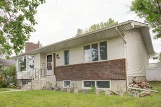 Main Photo: 6928 Silver Springs Road NW in Calgary: Silver Springs Detached for sale : MLS®# A1132694