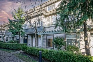 """Photo 2: 41 15353 100 Avenue in Surrey: Guildford Townhouse for sale in """"The Soul Of Guilford"""" (North Surrey)  : MLS®# R2531437"""