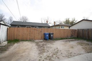 Photo 35: 716 Simpson Avenue in Winnipeg: East Kildonan Residential for sale (3B)  : MLS®# 202111309