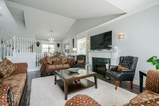 Photo 6: 14107 87A Avenue in Surrey: Bear Creek Green Timbers House for sale : MLS®# R2570066