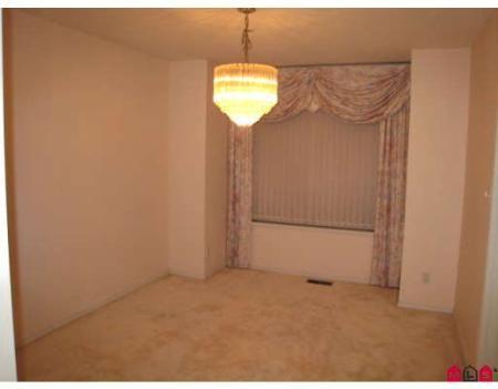 Photo 4: Photos: 12471 62A AV in Surrey: House for sale (Panorama Ridge)  : MLS®# F2729106