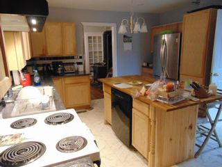 Photo 4: 481 Main Street in Kentville: 404-Kings County Residential for sale (Annapolis Valley)  : MLS®# 202125881