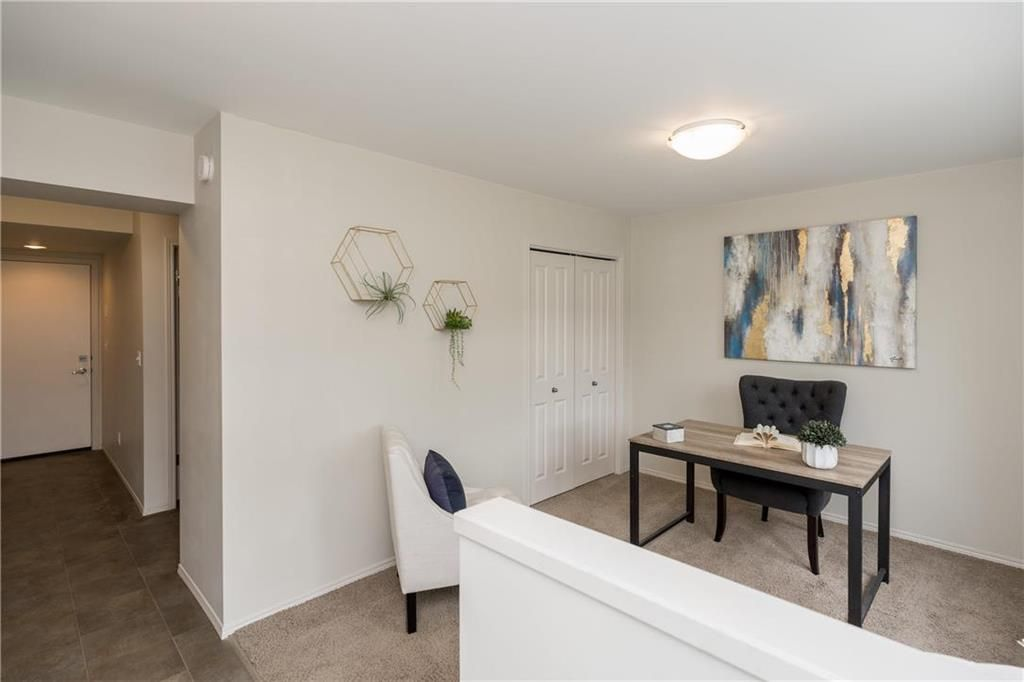 Photo 3: Photos: 104 15 Bridgeland Drive in Winnipeg: Bridgwater Forest Condominium for sale (1R)  : MLS®# 202115646