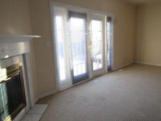 Photo 4: 9301 Morinville Drive: Morinville Townhouse for sale : MLS®# E4251641