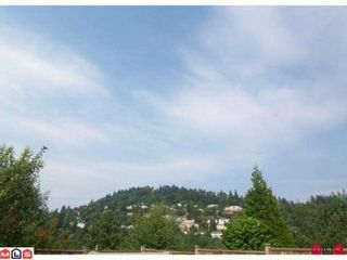 """Photo 8: 34937 OAKHILL Drive in Abbotsford: Abbotsford East House for sale in """"McMillan"""" : MLS®# F1016459"""