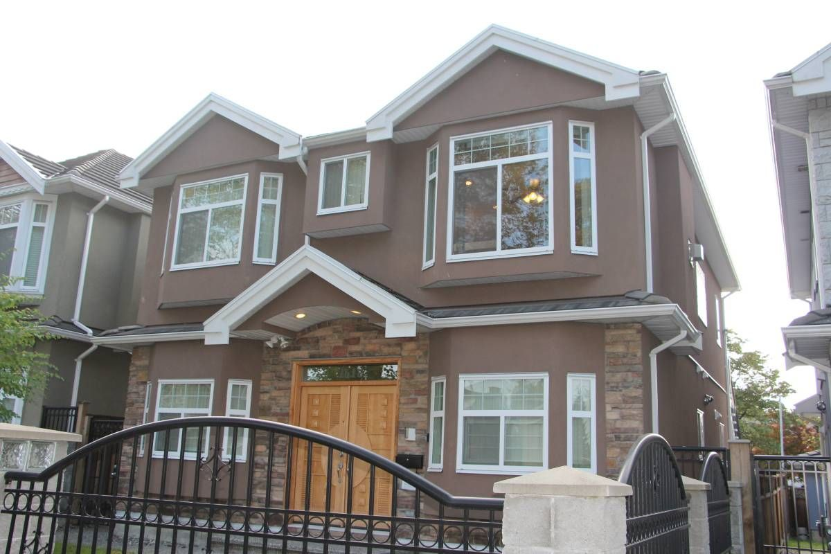 Main Photo: : Vancouver House for rent : MLS®# AR001B