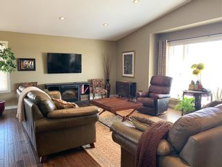 Photo 2: 1 Lee Bay in Pierson: R33 Residential for sale (R33 - Southwest)  : MLS®# 202112417