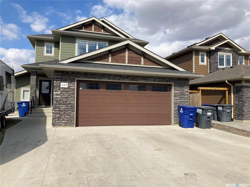 Main Photo: 439 Pichler Crescent in Saskatoon: Rosewood Residential for sale : MLS®# SK851963