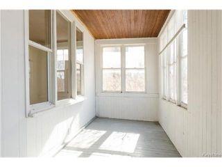 Photo 3: 679 Sherburn Street in Winnipeg: West End Residential for sale (5C)  : MLS®# 1705107