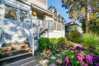 """Photo 3: 150 KOOTENAY Street in Vancouver: Hastings Sunrise House for sale in """"VANCOUVER HEIGHTS"""" (Vancouver East)  : MLS®# R2480770"""