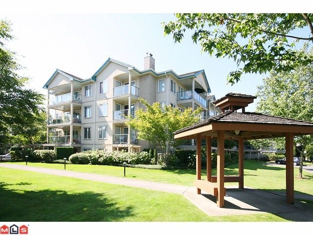 """Main Photo: 310 20433 53RD Avenue in Langley: Langley City Condo for sale in """"COUNTRYSIDE ESTATES"""" : MLS®# F1118289"""