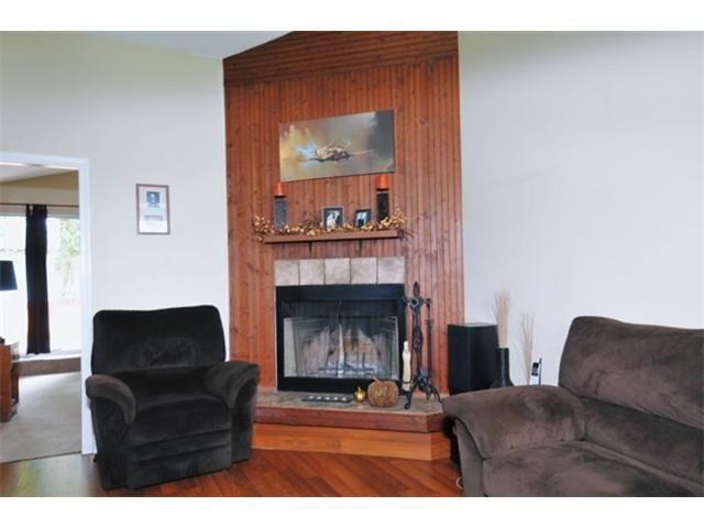 Photo 2: Photos: 24915 121ST Avenue in Maple Ridge: Websters Corners House for sale : MLS®# V914508