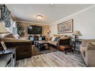 Photo 4: 31575 OAKRIDGE Crescent in Abbotsford: Poplar House for sale : MLS®# R2394369