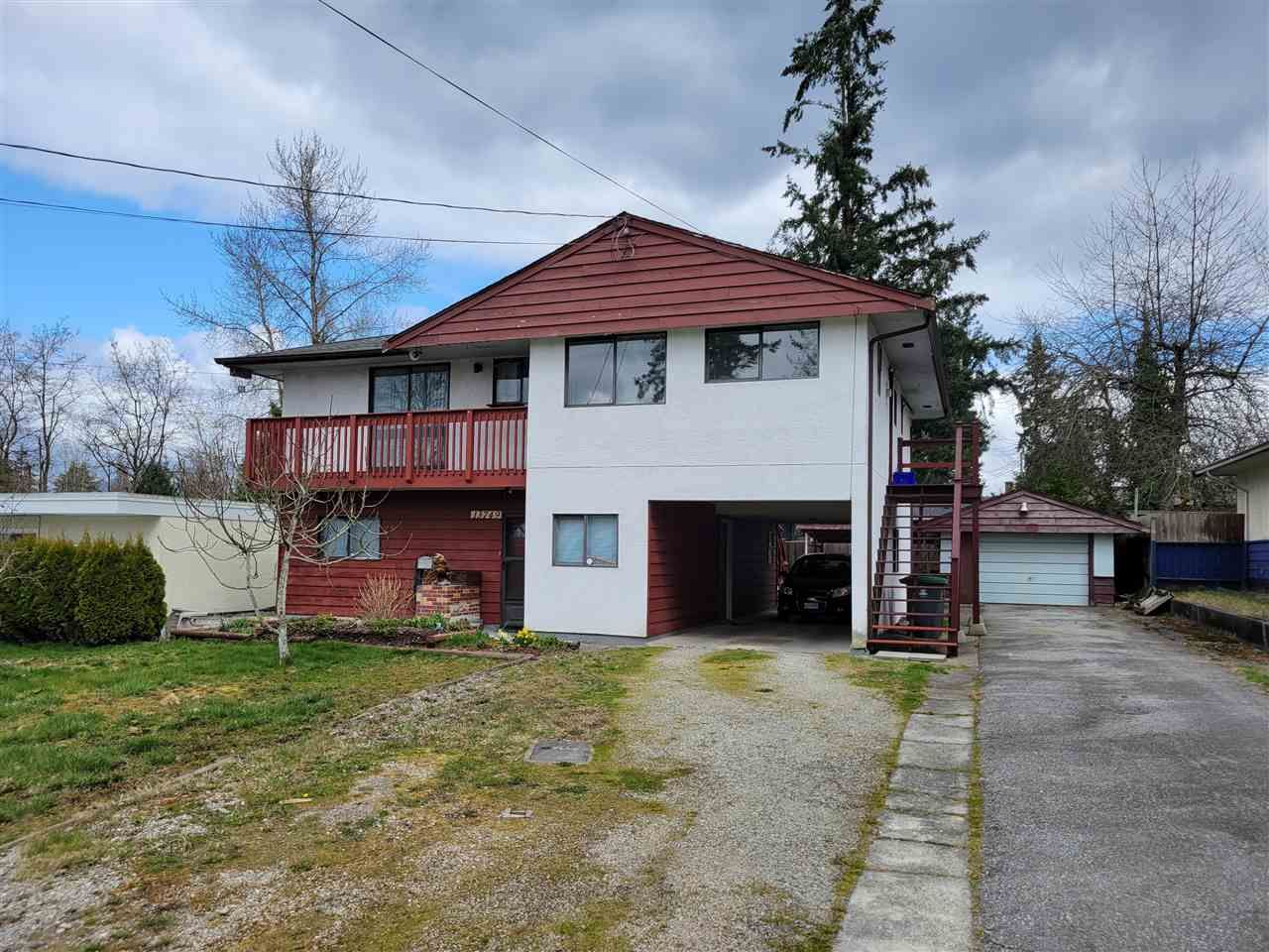 "Main Photo: 13749 LARNER Road in Surrey: Bolivar Heights House for sale in ""City Centre"" (North Surrey)  : MLS®# R2558584"