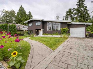 Photo 3: 2123 MOUNTAIN HIGHWAY in North Vancouver: Lynn Valley House for sale : MLS®# R2484857